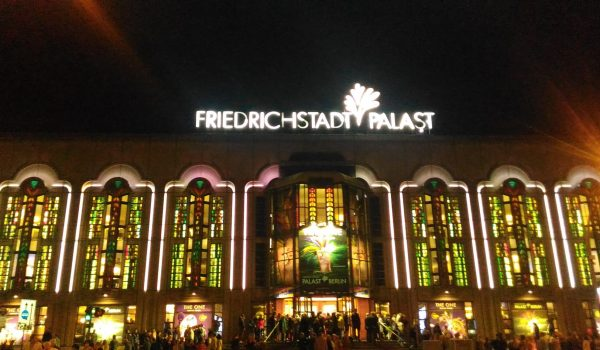 cosa-vedere-a-berlino-Friedrichstadt-Palast-berlin